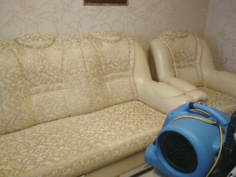 Химчистка жаккардового дивана